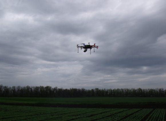 Гексакоптер «ФитоСан-1А» над учетным полем