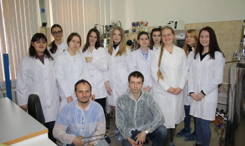 В ФГБНУ ВНИИБЗР 1 апреля 2019 года состоялась экскурсия студентов 3 курса биологического факультета Кубанского государственного университета
