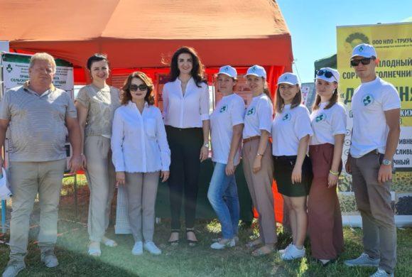 Сотрудники ФГБНУ ВНИИБЗР приняли участие в «Дне поля Юга России»